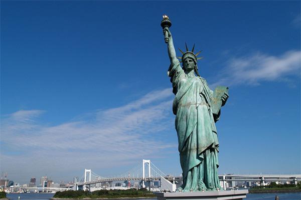 เที่ยวชม Statue of Liberty อนุสาวรีย์เทพีเสรีภาพสัญลักษณ์ของชาวอเมริกัน