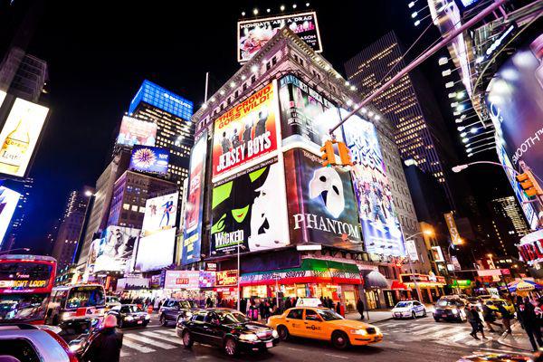 รีวิวถนนบรอดเวย์ (Broadway) ในเมืองนิวยอร์ก